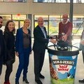 Terra Drone Europe member with the team of Unilever's ice cream delivery program, 'Ice Cream Now', including Unilever CEO Alan Jope (third from right)
