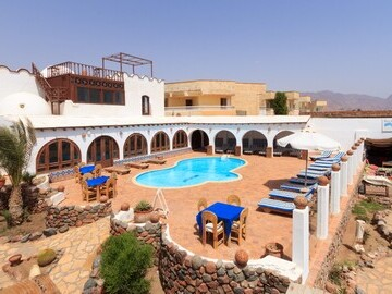 Blue Beach Hotel - Location of Coworkinn Dahab