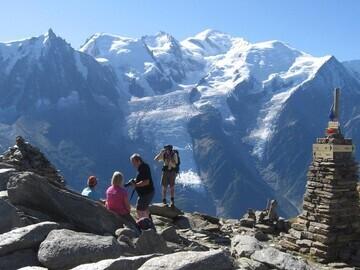 mountain,scenery,trek,people