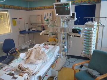 04. Henry in hospital 2013