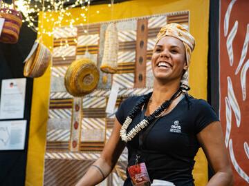 Cassandra Trevilyan-Hayes of Mimi Aboriginal Art & Craft