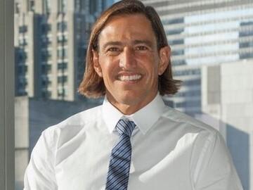 Nir Livnat, a key investor in Senvest Capital Inc.