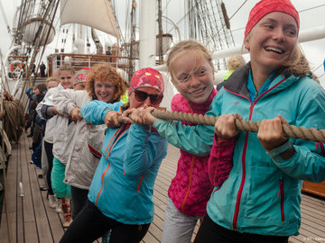 Makes new friends on a Tall Ship adventure