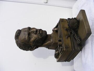 full sculpture
