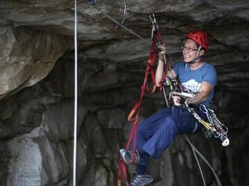Scott climbing